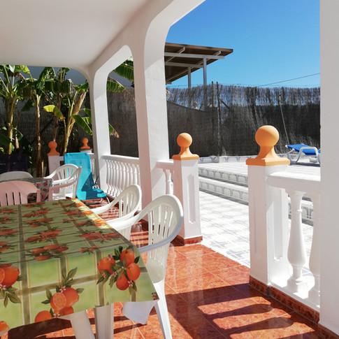 Casa Rural Villa Belydana Porche con pequeño jardin