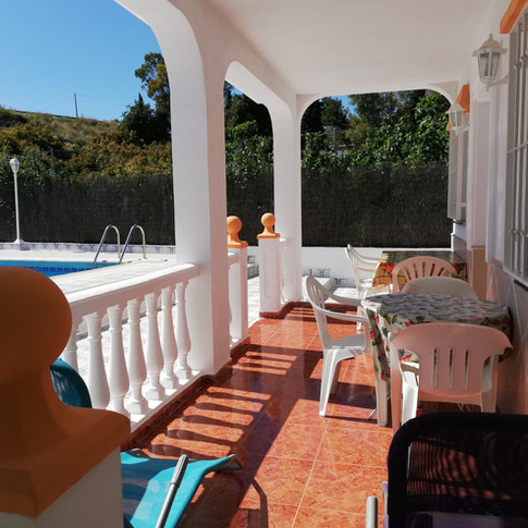 Casa Rural Villa Belydana Porche con vista a toda la terraza