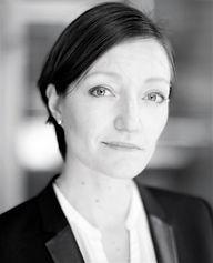 Lisa Hakanson black and white.jpg