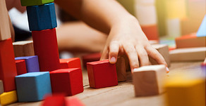 What are the advantages of home-based autism therapy?