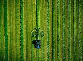 Luftbild Bauer Traktor Drohne Aerial Rehkitzrettung Ernte Dortmund