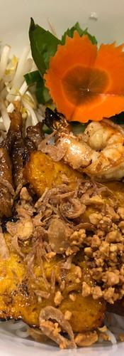 #46. Grilled Pork,Grilled Shrimp,Egg Roll,Grilled Pork Meatball and Grilled Shrimp Paste Cake