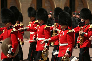 44936_London_Changing of the Guard_d737-