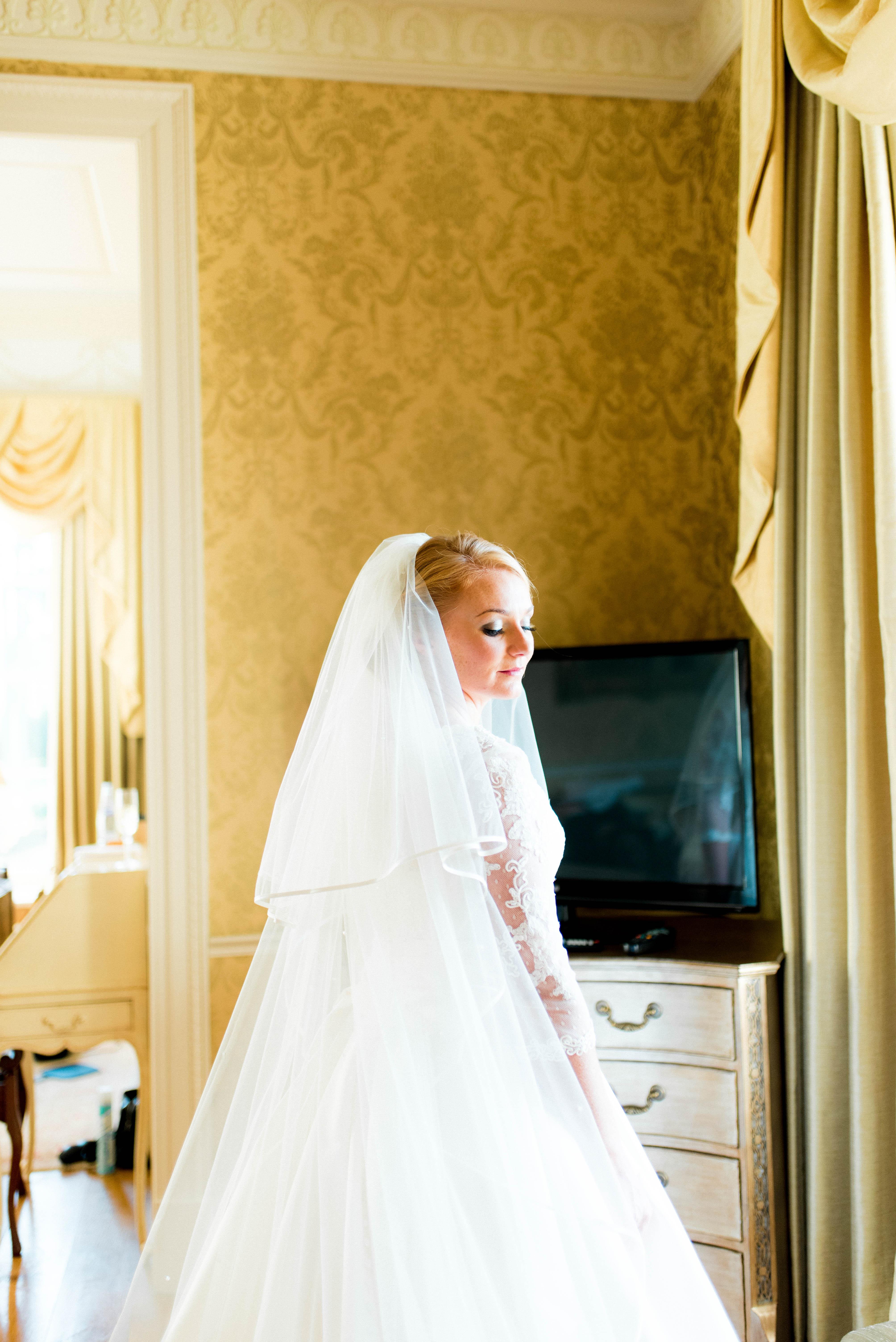 light bright wedding photography ukw