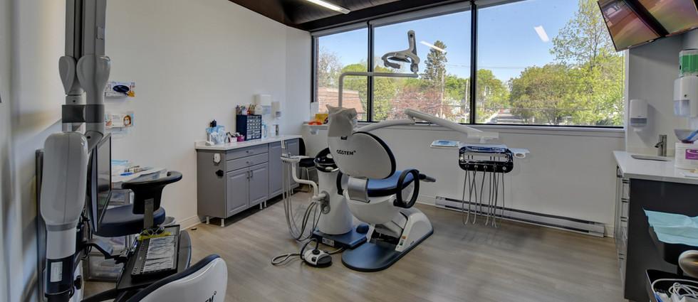 Dentaire Turner Dentist Montreal.jpg