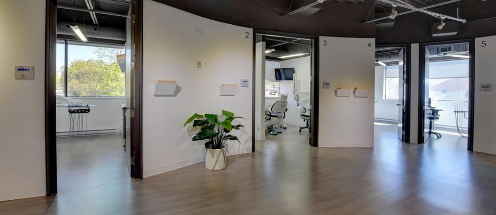 Dentaire Turner Hallway2 Montreal.jpg