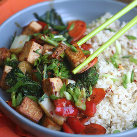 Sweet & Spicy Vegetable Stir-Fry With Tofu