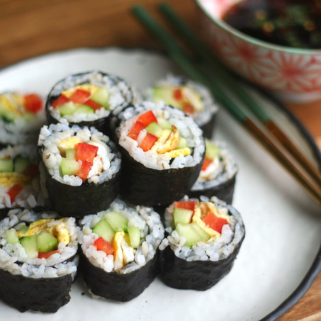 Kimbap with Spicy Dipping Sauce