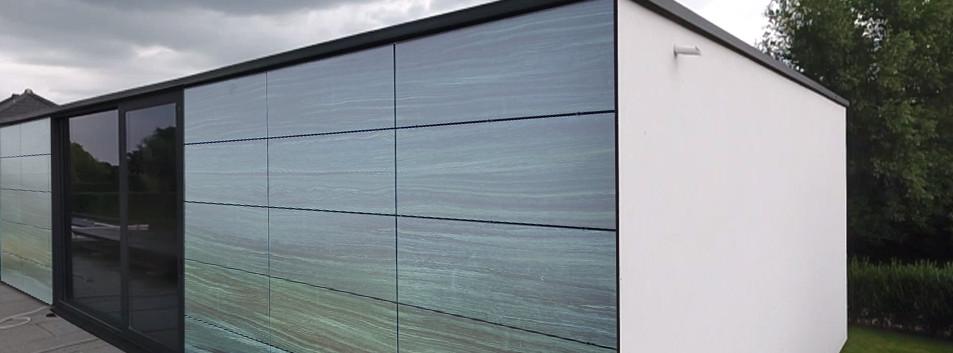 Zonnepanelen op muur PIXASOLAR
