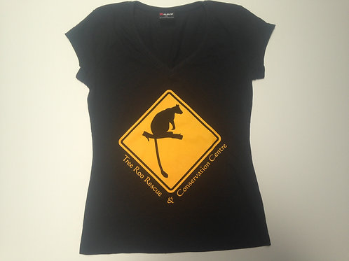 ladies tshirts Vneck roadsign in black