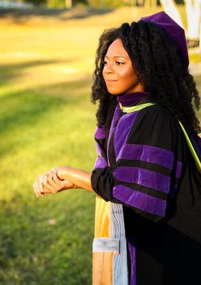 Kaitlyn Neely Graduation 2021.HEIC