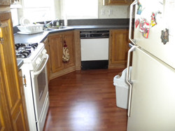 kitchen004.jpg