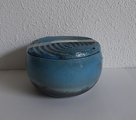 blauw zwart urn.jpg