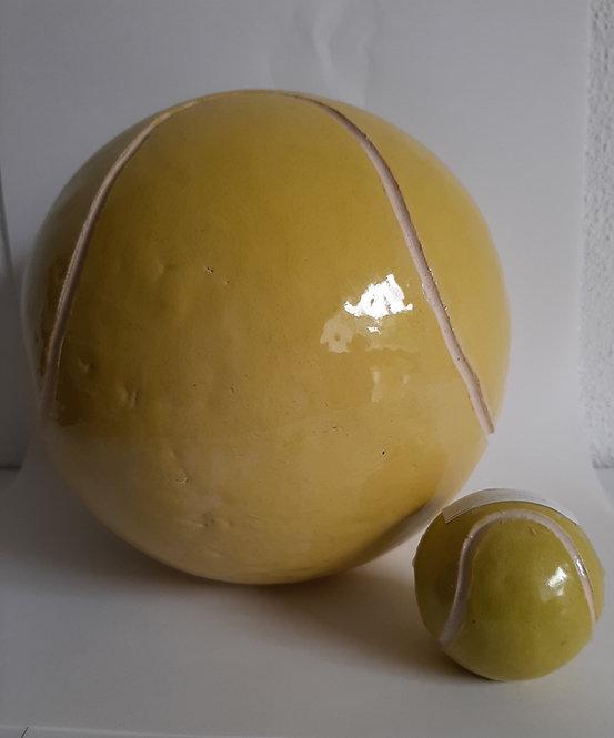 urn tennisbal tennisbalurn.jpg