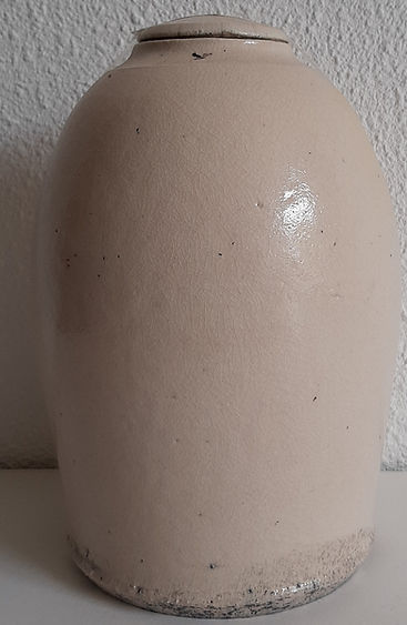 urn wit grijs zwart tinten.jpg
