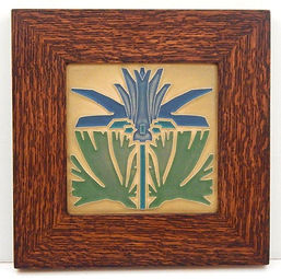 Arts and Crafts Prairie Lily Tile in Mitered Oak Frame