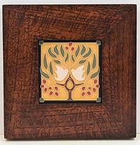 Arts and Crafts Lovebirds Tile in Mitered Oak Frame