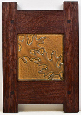 Motawi Oak Leaf Tile in Classic Oak Frame