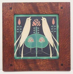 Motawi Songbirds Tile in Morris Oak Frame