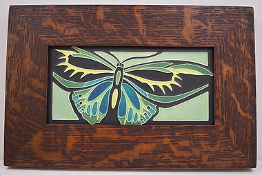 Motawi Alexandra Tile in Mitered Oak Frame