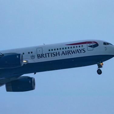 (1015) British Airways Flight Landing in