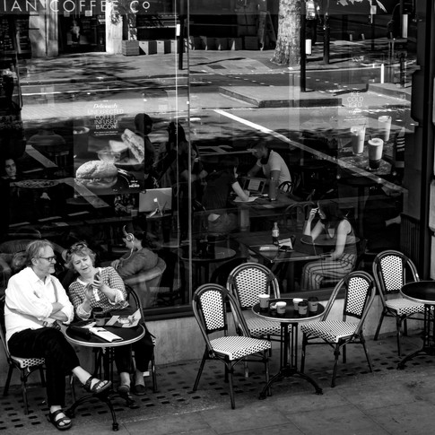 (173) Caffe Nero, 60-61 Trafalgar Square