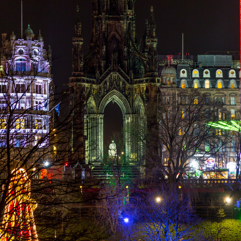 (335) Scott Monument and Star Flyer at C