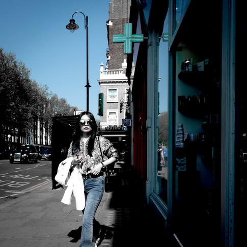 (178) Rockin The Shades, Brompton Road,