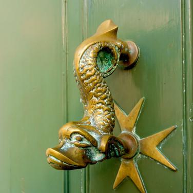 (784) Brass Door Knocker, High Street, K