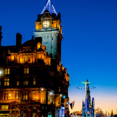 (357) The Balmoral Hotel, Scott Monument