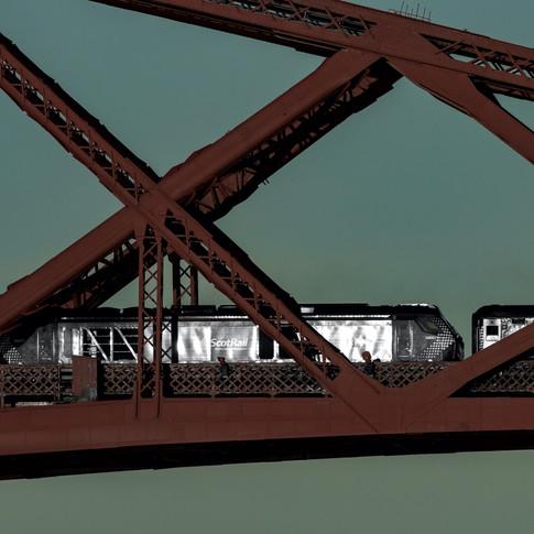 (1039) Scotrail Train, The Forth Bridge,