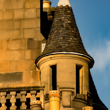 (755) Tenement Rooftop in Victoria Stree