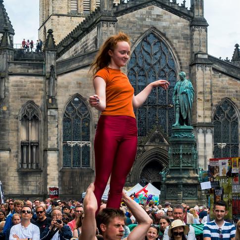 (201) (PO) Acrobatic performers, Royal M