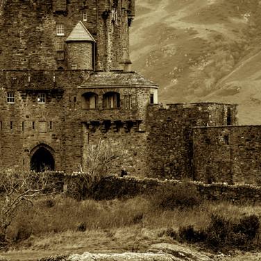 (293) Entrance to Eilean Donan Castle, D