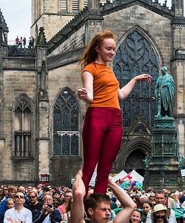 Small Acrobatic performers, Royal Mile,