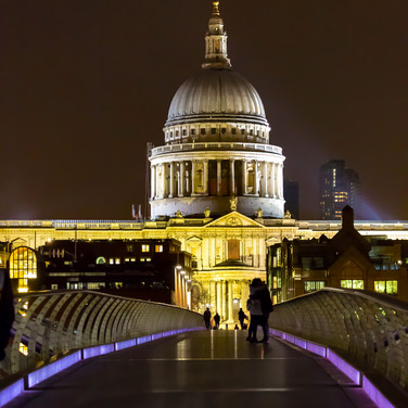 (137) St Paul's Cathedral and The Millen