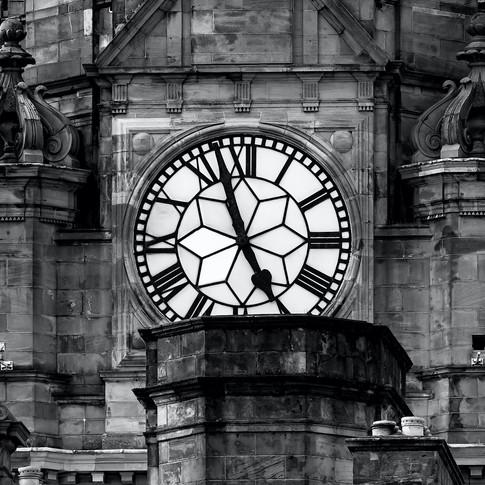 (737) Clock Tower of Balmoral Hotel, 1 P
