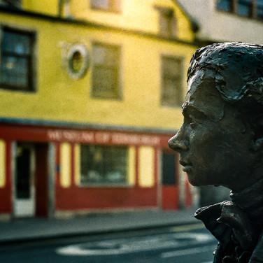 (1224) Statue of Poet Robert Fergusson b