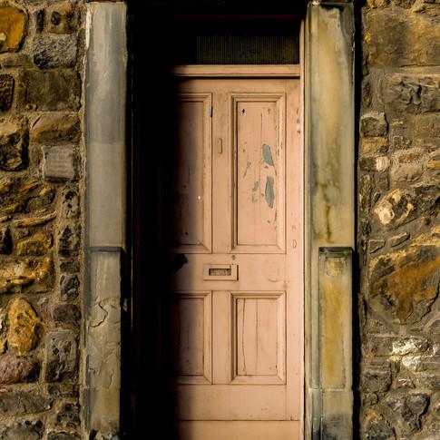 (507) Mystery Door in the Wall, Heriot P