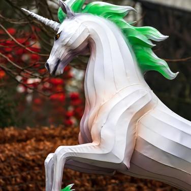 (1295) White and Green Scottish Unicorn