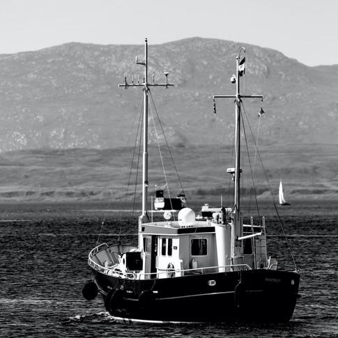 (681) The Maastricht Boat, Oban Bay, Oba