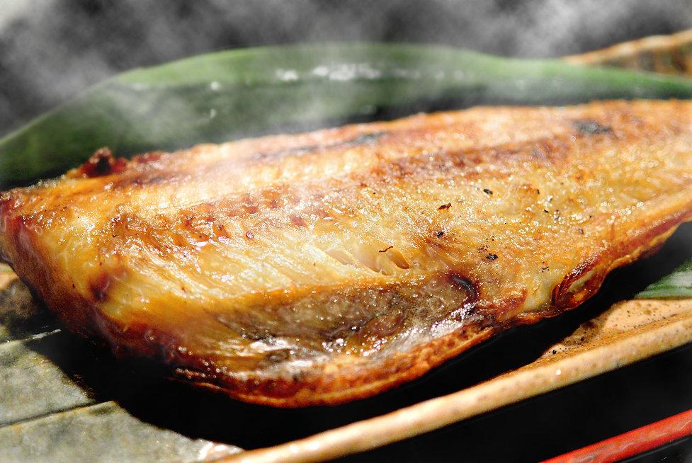 魚の塩焼き.jpg