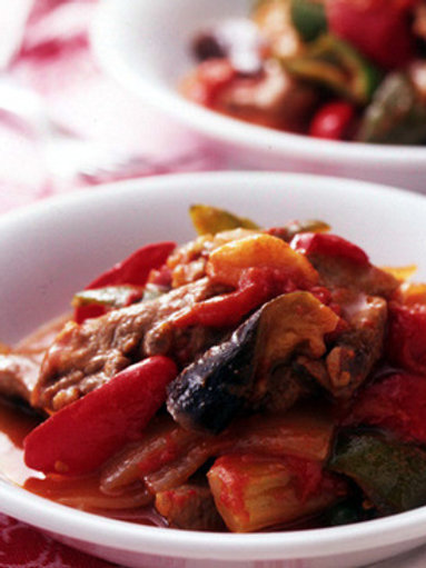 tomato stew with pork and vegetables