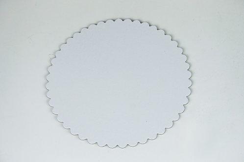 White Scallop Round Cake Board