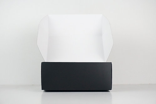Matte Online Box in Medium