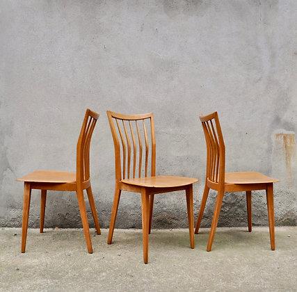 Lot de quatre chaises années 50
