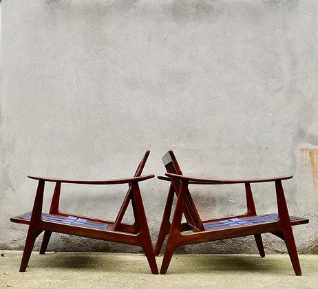 Paire de fauteuils en teck danois