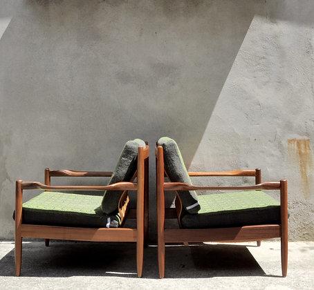 Paire de fauteuils en tek Grete Jalk