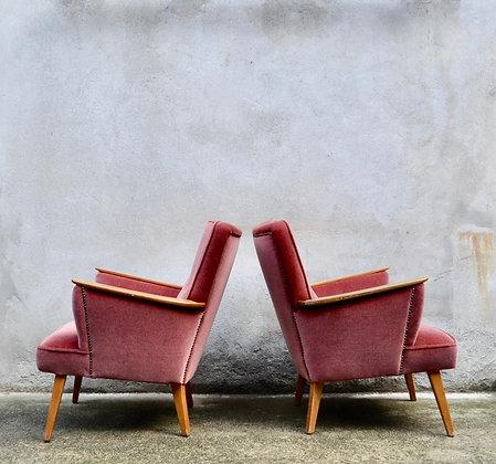 """Paire de fauteuils """"cocktail"""" années 50"""