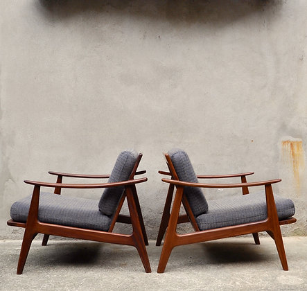 Paire de fauteuils danois